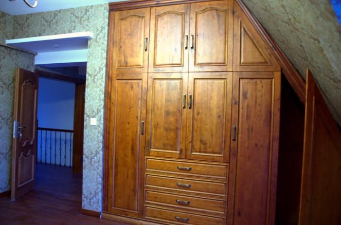 实木楼梯柜